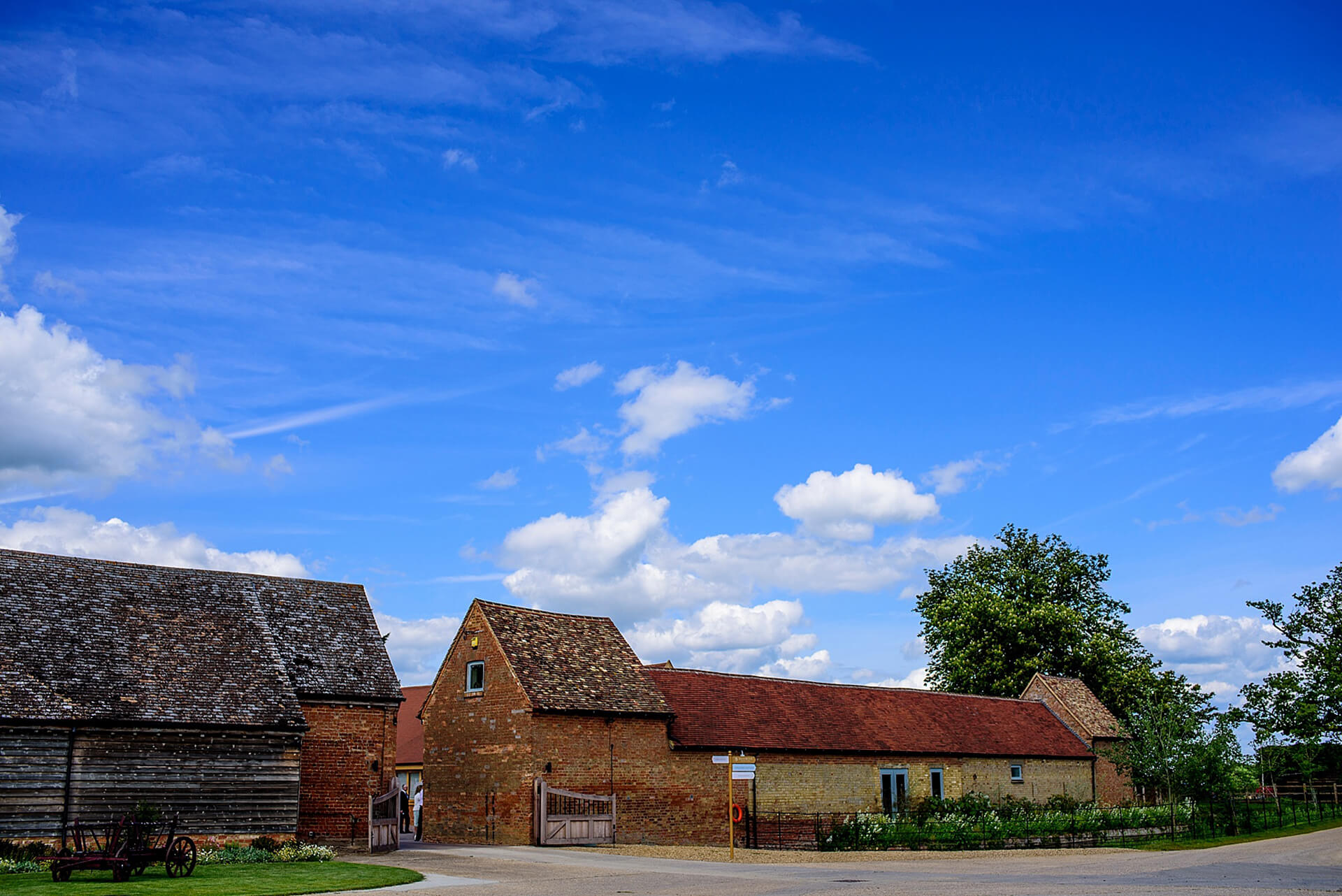 This beautiful contemporary wedding barn is one of the finest wedding venues in Cambridgeshire