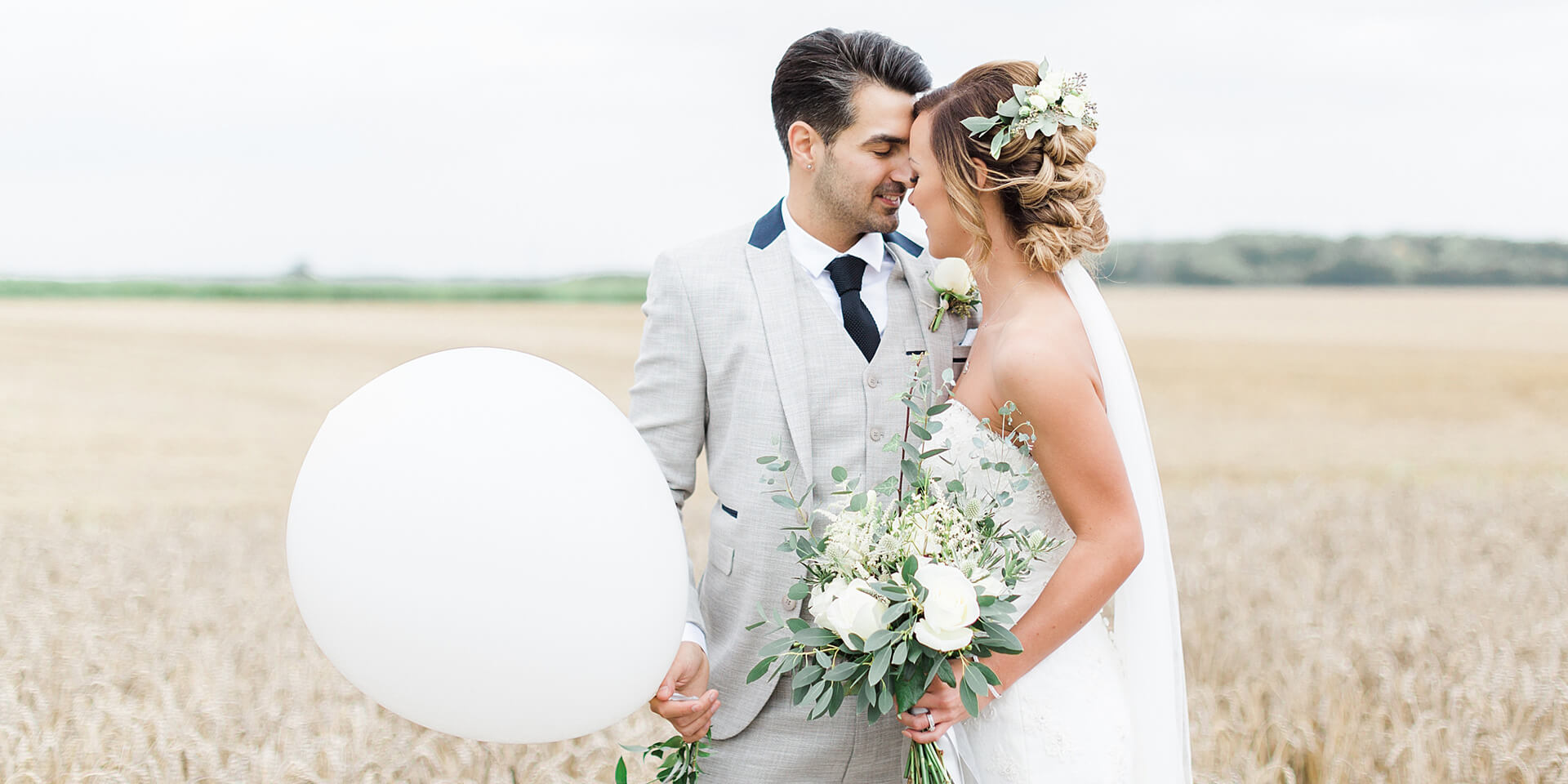(c) Bassmeadmanorbarns-weddings.co.uk
